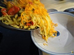 Spaghetti mit Muscheln, Nußkuchen (13)