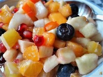 Weißkohleintopf mit Mettbällchen, Obstsalat (27)