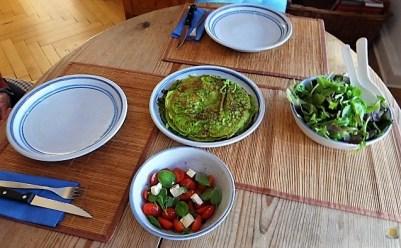 Spinatpfannkuchen mit Salaten (23)