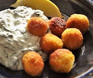 Bulgurklößchen mit Joghurt-Spinat (29)