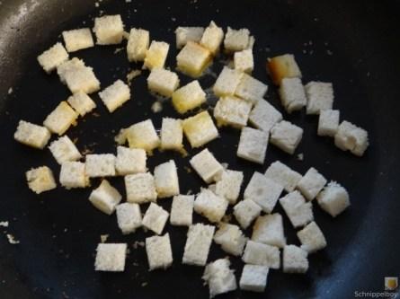 Gulasch mit Klößen und Auberginensalat (13)