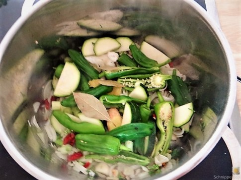 Gemüsesuppe mit Meeresfrüchten und Queller (14)