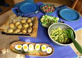 Salate und Ofenkartoffeln (22)