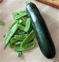 Zucchini Zoodles mit Gorgonzolasauce(9)
