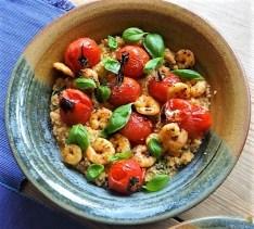 Couscous mit Babyspinat,Tomaten und Garnelen (12)