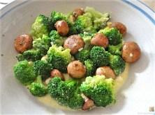 Brokkoli, Champignon, Kürbishumus und ein Apfelkuchen (15)