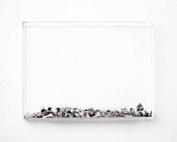 Villu Plink ÕNNESTUMISED objekt fragmendid maalidest (2000-2015), pleksiklaas