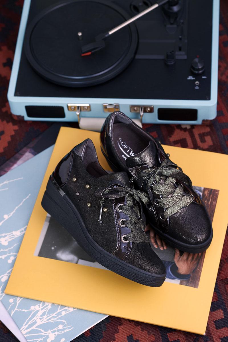 Schoenen Pantas Softwaves veterschoen sleehak zwart