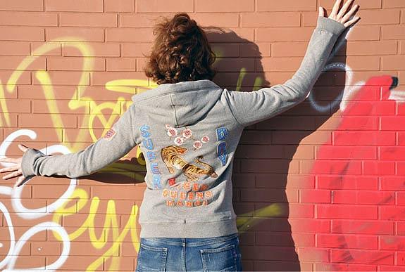 Langarm Kapuzenjacke von Superdry - Auch passend lange Arme für große Mädels