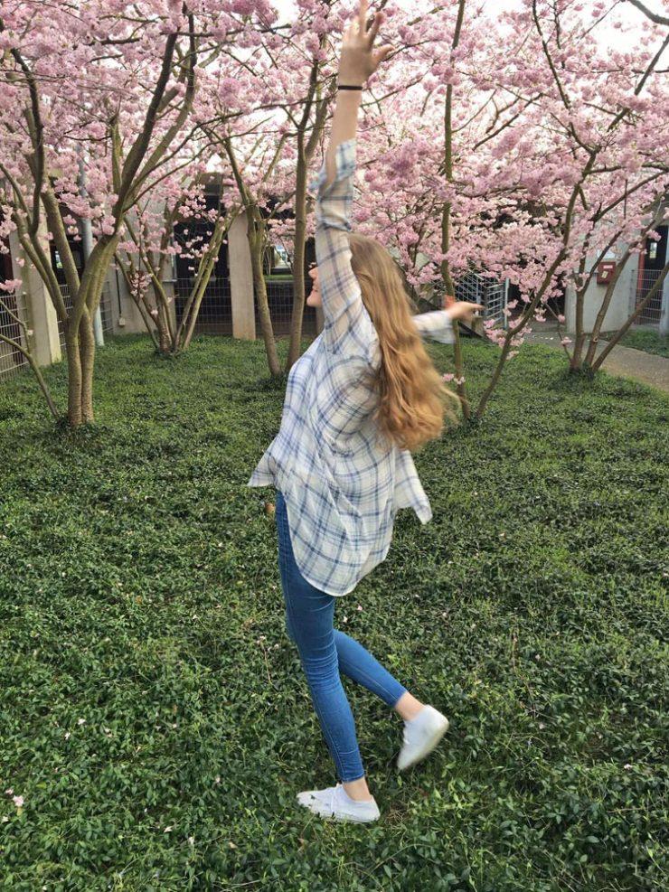 Blogger Challenge: Frühlings-Outfits für große Frauen.