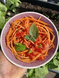 Auch lecker: Karottensalat och ohne Glasnudeln