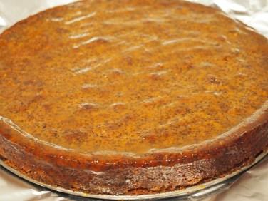 Mohnkuchen mit Aprikosengelee-Glasur