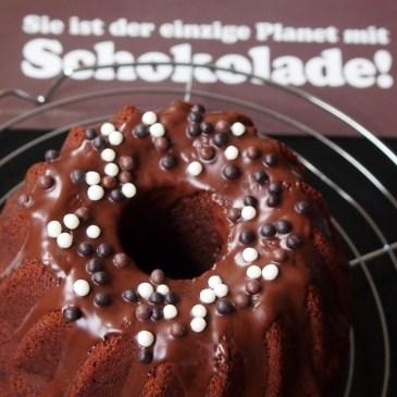 Schokolade + Nougat + Kuchenteig = saftiger Schoko-Nougat-Guglhupf