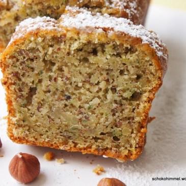 Saftiger Zucchini-Nuss-Kuchen & ein zuckersüßer Blumengruß