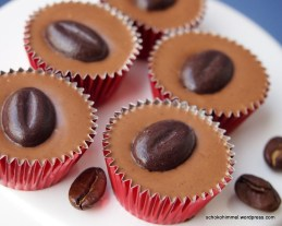Nougat-Cappuccino-Pralinen