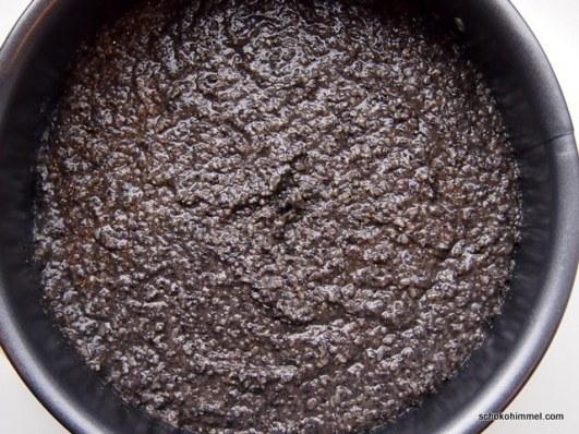 Teig für schwarzen Sesamkuchen