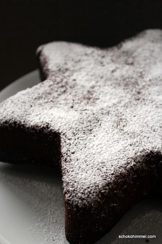 Weihnachtlicher Marzipankuchen mit Mandeln und Zimt (Blitzrezept)