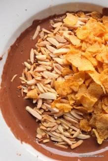 Cornflakes, Schokolade, Mandeln
