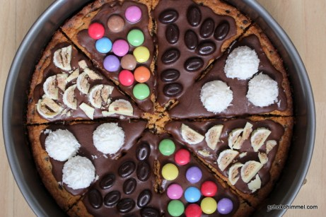 schokoladige Cookie-Pizza