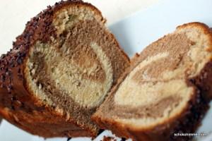 Marmorkuchen mit Nougat, Mascarpone und Kakaonibs