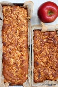 Apfelkuchen, frisch aus dem Ofen