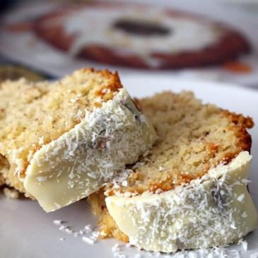 Kokos-Gugelhupf mit weißer Schokolade [fluffig-cremig]