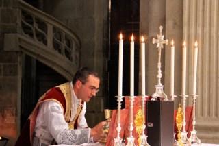 Consécration du Sang du Seigneur.