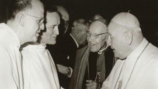 Frère Roger, prieur de Taizé, Max Thurian, le cardinal Bea et saint Jean XXIII
