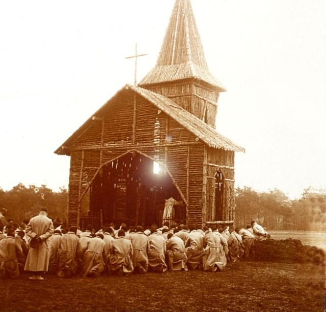 La messe sur le front durant la Grande Guerre
