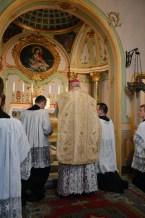 02 - Messe basse prélatice de Mgr Oliveri, évêque d'Albenga, dans la chapelle de l'évêché
