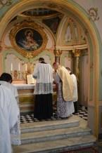 03 - Messe basse prélatice de Mgr Oliveri, évêque d'Albenga, dans la chapelle de l'évêché