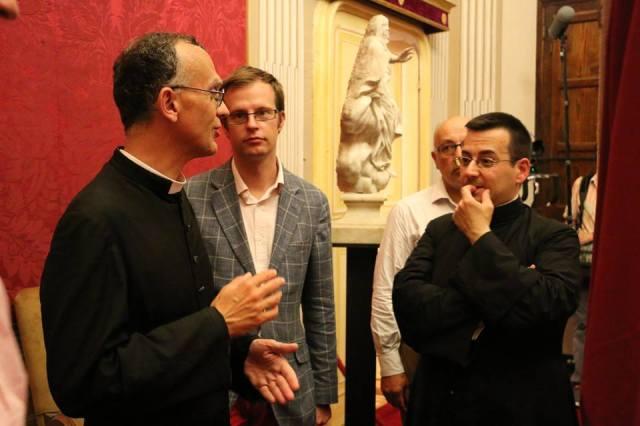 17 - Après la messe, visite privée de l'évêché d'Albenga
