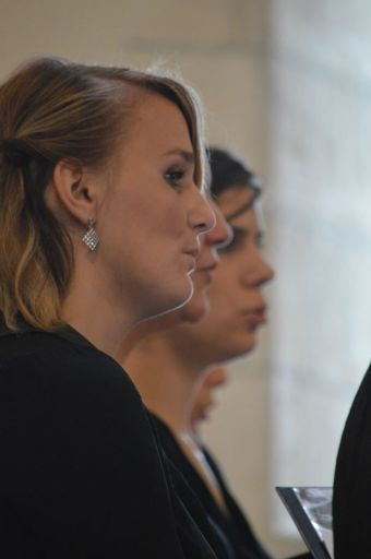 07 - Messe en la collégiale Saint-Martin de Bollène - les femmes de la Schola Sainte Cécile
