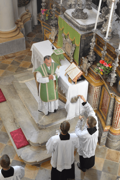 Messe du XIème dimanche après la Pentecôte à Turin 03