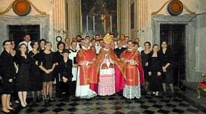 Mgr Schneider & la Schola Sainte Cécile - 25 octobre 2013 - Rome, sacristie de la Trinité des Pèlerins