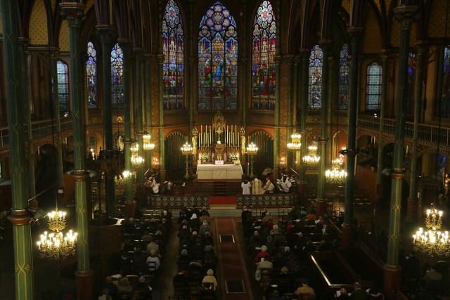 Messe de la solennité de l'Epiphanie - chant de l'Epître par le sous-diacre.