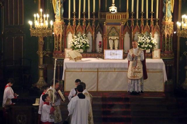 Messe de la solennité de l'Epiphanie - chant de l'Evangile par le diacre.