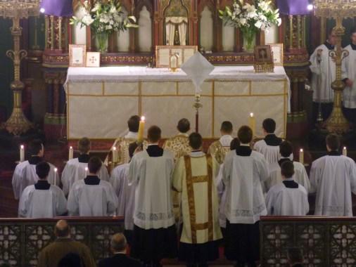 20 - Jeudi Saint 2015 - avant la procession