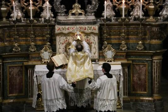10 Messe de la fête de sainte Catherine de Sienne à l'église de la Miséricorde à Turin