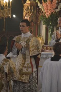 06-Messe de la Fête-Dieu - Ite missa est chanté par le diacre