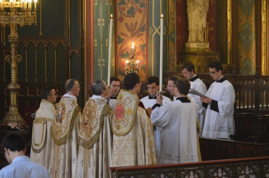 14-Vêpres de la Fête-Dieu devant le Très-Saint Sacrement exposé