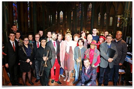 La Schola Sainte Cécile après la messe de la fête de saint Eugène.
