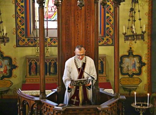 09 - Sermon en chaire de l'Abbé Iborra - Sainte Cécile 2015