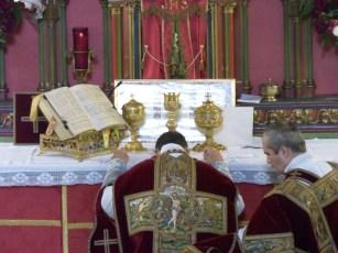 14 - Adoration des Saintes Espèces à la consécration - Sainte Cécile 2015