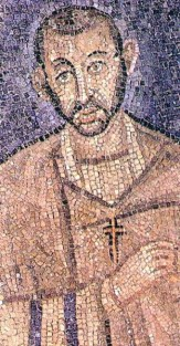 Mosaique de saint Ambroise de Milan dans la chapelle de saint Victor datant de 378 - un probable portrait fidèle du saint