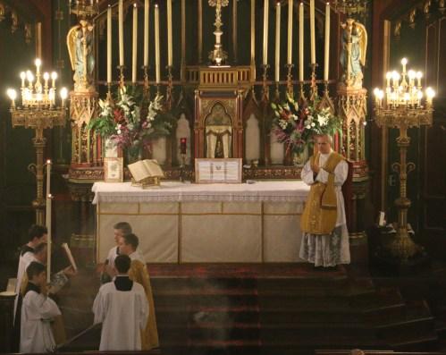 06-Epiphanie 2016 - chant de l'évangile par le diacre