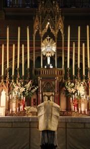14-Messe de reposition des Quarante-Heures coram Sanctissomo - à la consécration