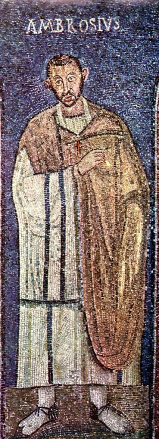 Chasuble de saint Ambroise à Milan. Notez l'échancrure qui facilite les mouvements du bars droit. Mosaïque datant de 375 de la chapelle Saint-Victor au ciel d'Or de la basilique Saint-Ambroise de Milan.