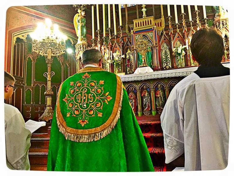 Salut du Très-Saint Sacrement du VIIIème dimanche apres la Pentecôte