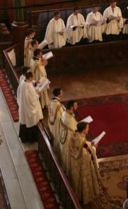 Vêpres de la Fête-Dieu - chant des vêpres a six chapiers